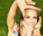10 produktów, dzięki którym zachowasz świeżą, promienną i młodo wyglądającą skórę