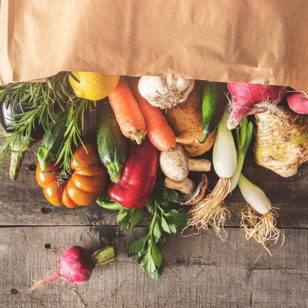 Warzywa to idealny dodatek do soków oczyszczających.