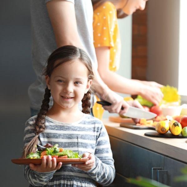 Nie zmuszaj dzieci do jedzenia warzyw.