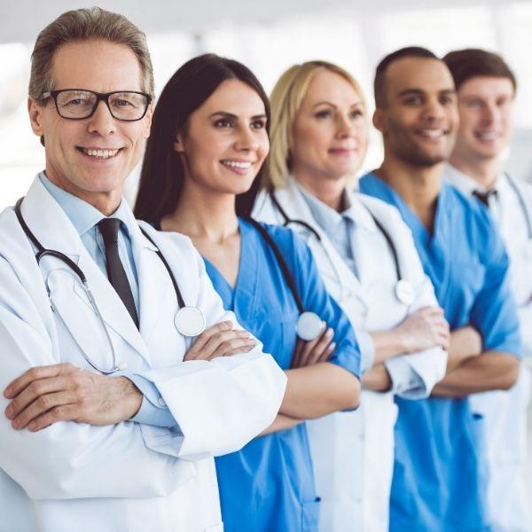U nas spotkacie się z najlepszymi specjalistami, którzy rozumieją specyfikę atopowego zapalenia skóry.