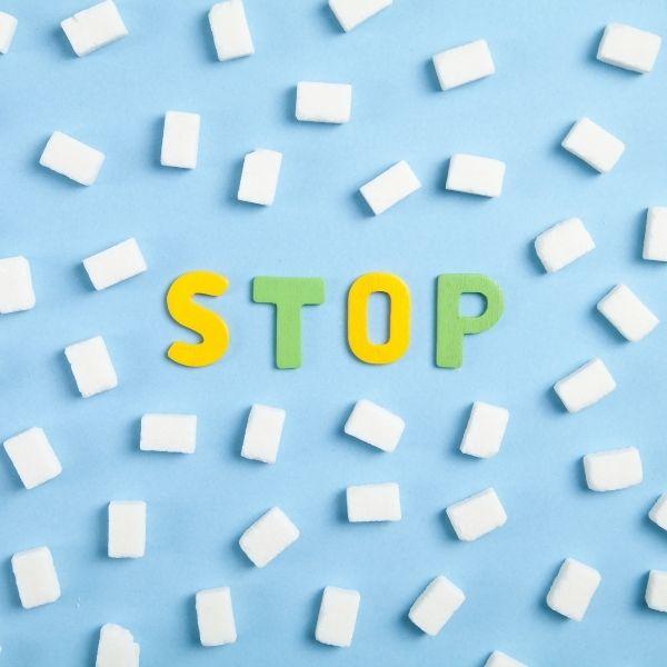 Zdrowe odchudzanie wymaga ograniczenia ilości cukrów prostych